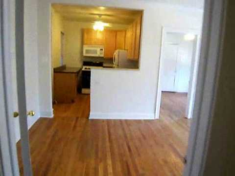 RENTED!  Extra large top floor 2-3 bed convertible, St. Bens, Chicago