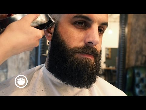 How To Shape and Maintain a Square Beard