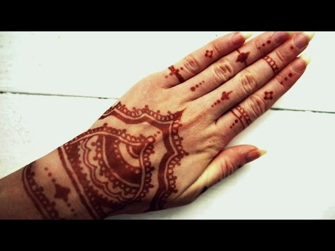 D.I.Y Henna Tattoo Design