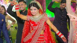 Beautiful  Dabang Bride Dance Sunakhi  kaur B Speed Records  2018  Parlour Getting ready for wedding