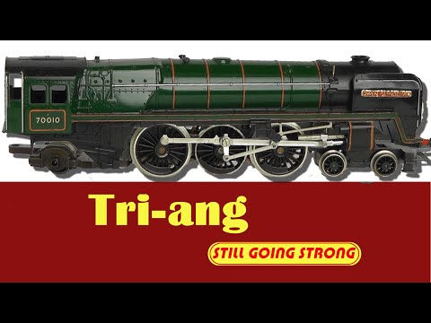 Model Train Maintenance: How To Service a Tri-ang Locomotive