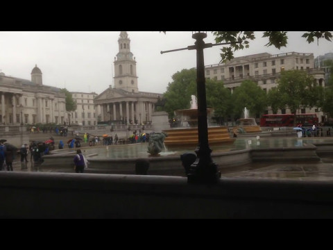 London Sightseeing Tour. The Ritz, Piccadilly Circus, Trafalgar Square.