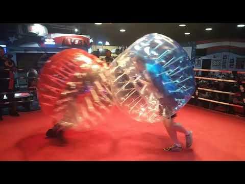 American soldier vs British soldier bubble ball war