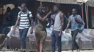 Une fille qui drague des hommes ( Camera Cachee Mahfousse )