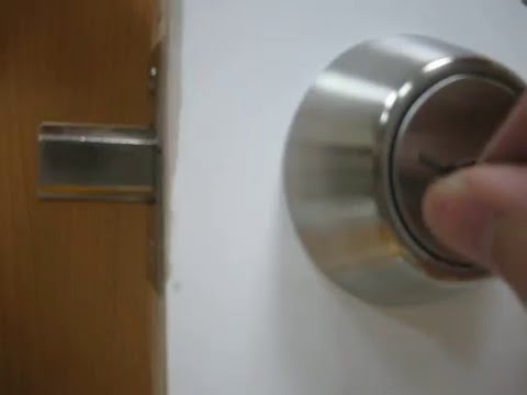 how to pick a deadbolt door lock with bobby pins