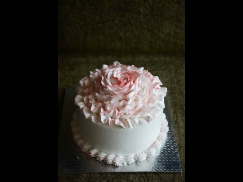 How To Decorate Cake With Whipped Cream Rose