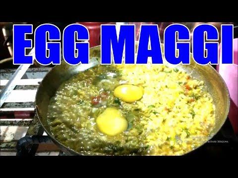 Best Egg Maggi Masala Recipe in Hindi   Street Food of India   Pune Night Food   Maggi Noodles