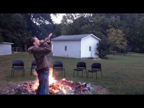 Blowing the shofar at suset