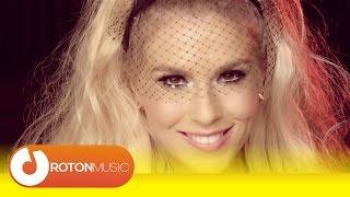Download Corina + Mira + Skizzo Skillz - Fete din Balcani (Official Music Video)