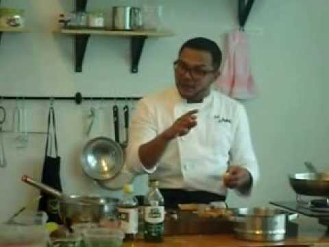 Chef Adu Amran Preparing Salmon Salad (Part 2)