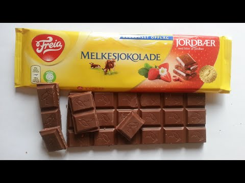 Freia Milk Chocolate with Pieces of Freeze Dried Strawberry, Limited Edition