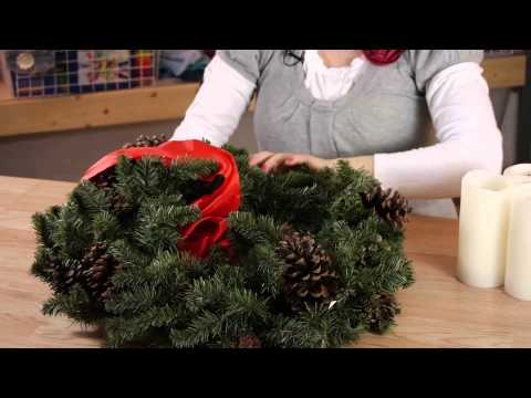 How to Make Wreaths as Candle Holder Centerpieces : Household Decorations