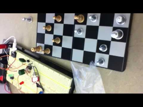 chess game circuit operation