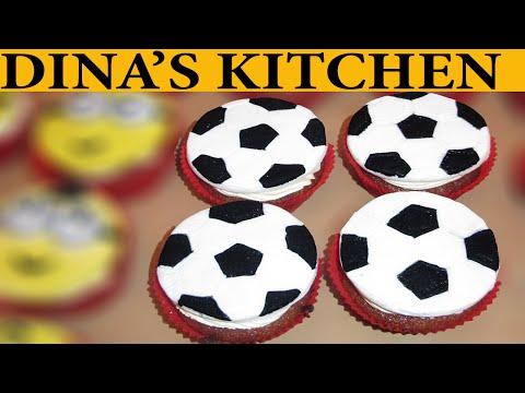 How To Make FOOTBALL BALL FONDANT CUPCAKES!