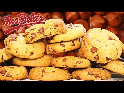 Mrs Fields Chocolate Chip Cookies 🍪 The BEST in the world!