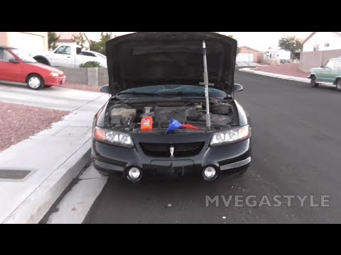 When do you put in oil in your car before or after you start your car