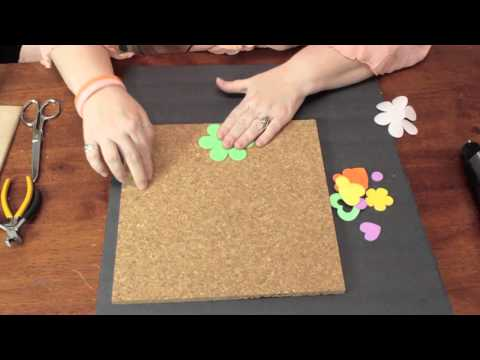 How to Use Cork Board for In-Home Decor : Crafty Decorating Tips