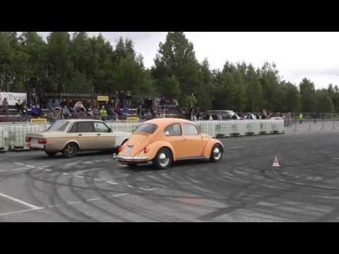 Dragracing VW Boble mot Volvo på Hamar Burnout Show 2014 Video 32