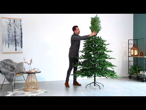 How to assemble the Noble Pine artificial tree
