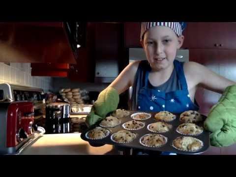 How To Make Banana Chocolate Chip Muffins