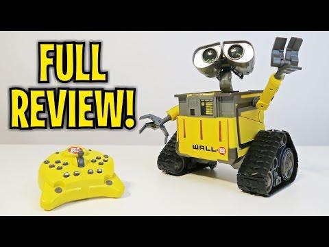 Let's Play - Disney Pixar's Wall-E U-Command Remote Control Robot like Cozmo!