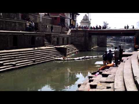 Hindu temple in Katmandu preparing 4 cremation, Pashupatinath Temple complex