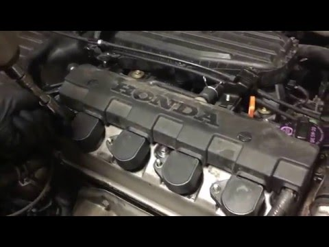 2005 Honda Civic 1.7L Valve Cover Gasket and Spark Plug Tube Seal Replacement. 1080 HD