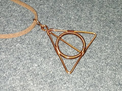 Deathly Hallows pendants in the story Harry Potter - How to make wire jewelry 175