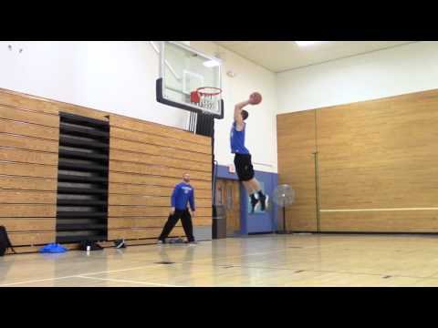 Dunk Session April 13 (Court was so slippery)