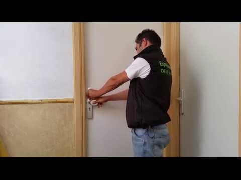 Expert Locksmith ( 06 27461393 ) How Easily and Quickly to open a door with a credit card