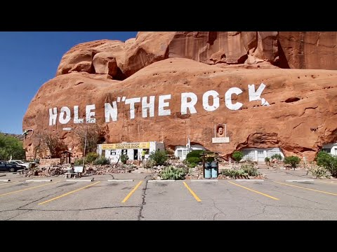 What's Inside Hole N The Rock ? Plus Finding Movie Relic In Desert