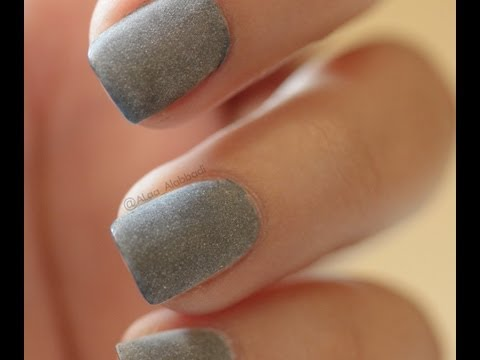 Matte nail polish using powder ..