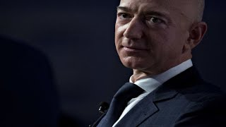 Download The National Enquirer clearly extorted Bezos: Management expert Video