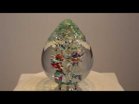 CrossCut ViviOvo D'Oro - Glass Sculpture by Jack Storms