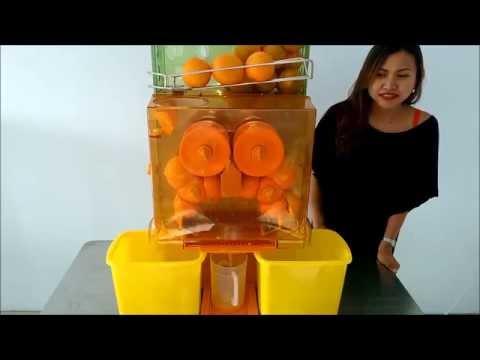 Automatic Orange Juicer @ Fun Food Thailand