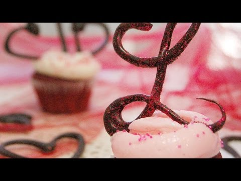 How To Make Cute Chocolate Monogram Cupcake Toppers - DIY Crafts Tutorial - Guidecentral