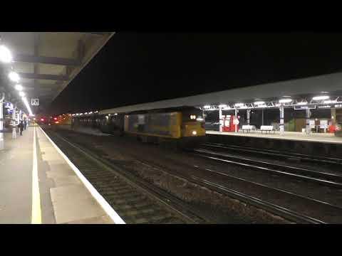(HD) GBRf 73107 & 73212 depart Tonbridge with an RHTT set - 28/10/17