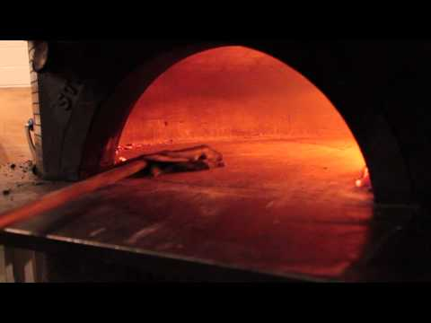 how to clean a wood burning oven - come pulire il forno a legna