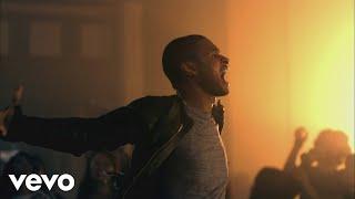 Usher - DJ Got Us Fallin