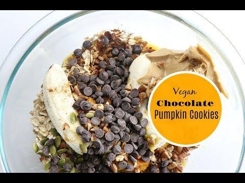 Vegan Chocolate Pumpkin Oatmeal Cookies