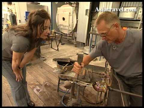 How to make glass in New Zealand by Asiatravel.com
