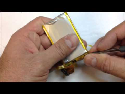 iPhone 3gs battery cleaning