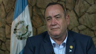 Presidente electo de Guatemala evitará confrontación con Trump por migración | AFP