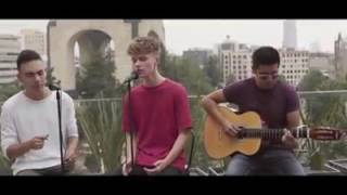 Hrvy & SAAK - holiday ( the spanish version)