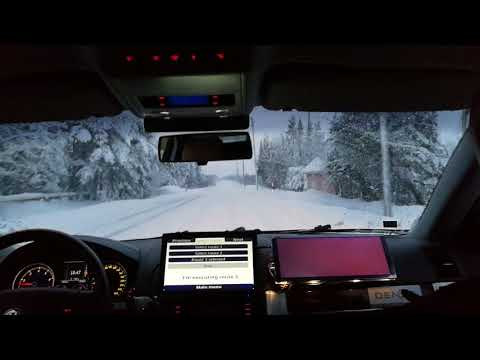 RobotCar Martti - first automated car driving in snowy Aurora E8 road conditions