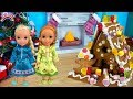 Download Video Download Christmas Gingerbread House Decorating! Elsa and Anna toddler dolls! Candy -Icing -Fun kids video 3GP MP4 FLV