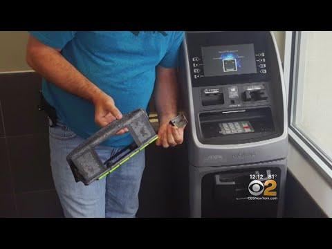 How To Spot An ATM Card Skimmer