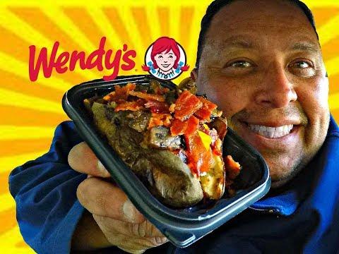 Wendy's® Smoky Mushroom Bacon Potato REVIEW!