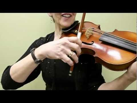 Violin Class 62: Spider! Bow finger motion for advanced bowing techniques