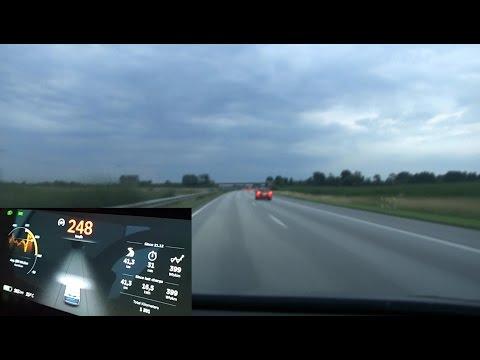 Tesla Model X P90DL on German unrestricted autobahn